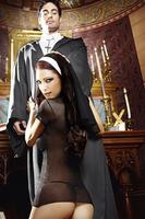 Игровой костюм ОЧАРОВАТЕЛЬНАЯ МОНАШКА: мини-платье и головной убор  D (48-54)